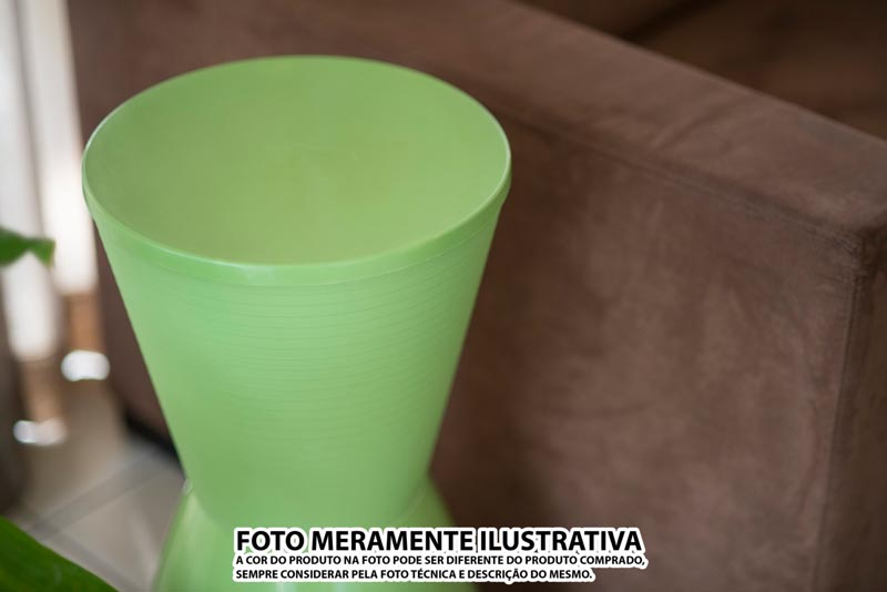 BANQUETA NOBE ASSENTO COLOR BASE CRISTAL VERMELHA