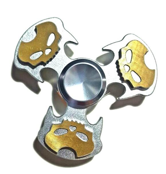 Hand Spinner de Caveira Prata e Dourado - Rolamento Anti Estresse Fidget Hand Spinner